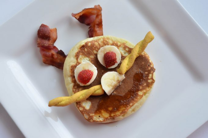 Bunny Breakfast idea for Easter fun! Simply pancake with items you already have in your kitchen.