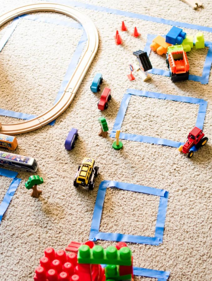 Indoor Big City Activity is perfect for an indoor, rainy day activity for kids. Get their imagination running by creating their own world.