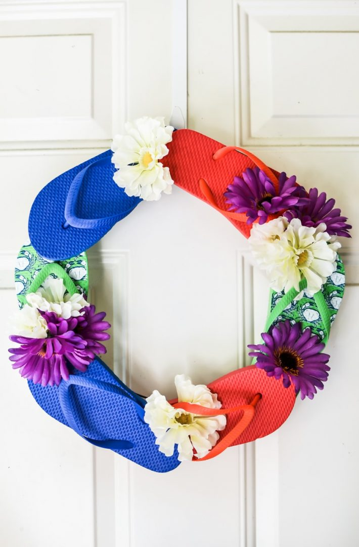 flip flop wreath on door