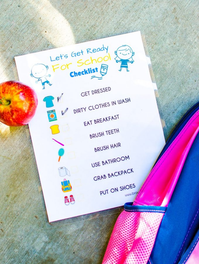 Make morning routines easier with this Let's Get Ready for School - Back to School Printable. It is FREE and fun to help kids be more independent.