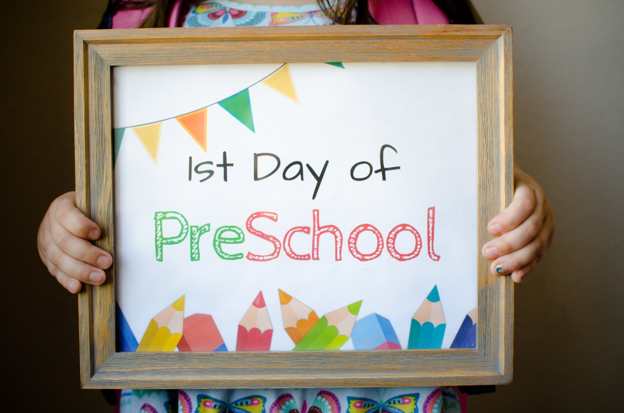 FREE First Day of School Sign Printables - For Grade School - Easy ...