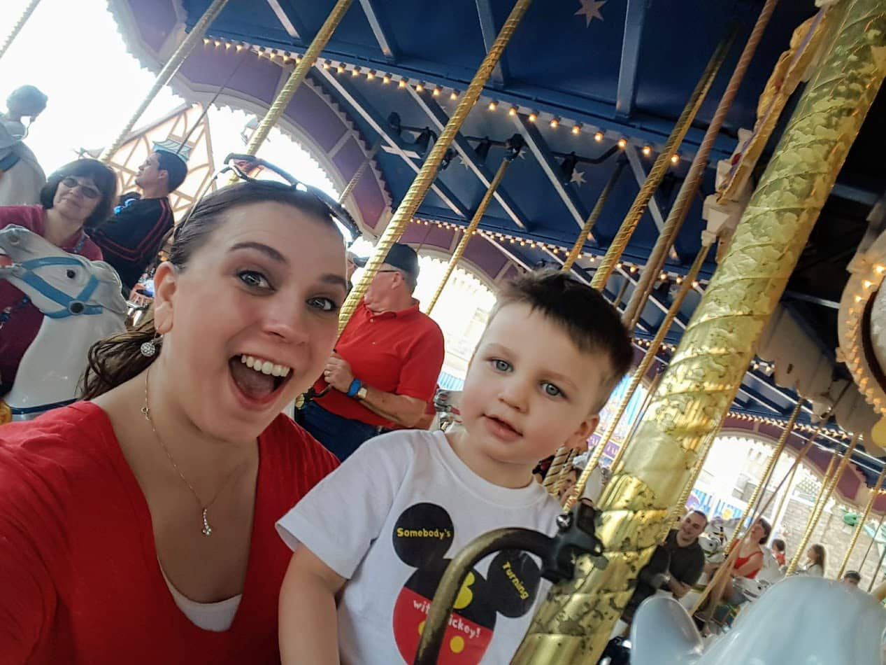 Celebrating children's birthday at Disney World. Tips for making a birthday special at Disney. The best place to party!