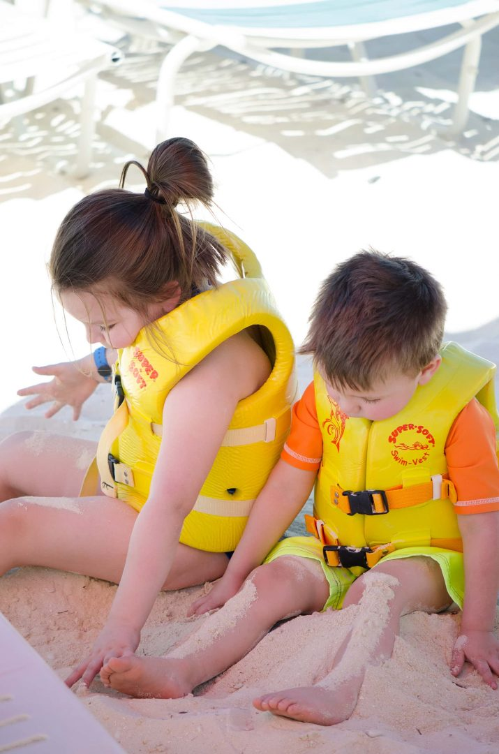 Castaway Cay Beaches - Kids Lifevests