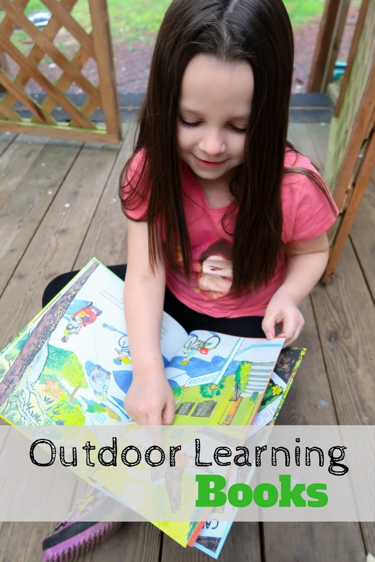 Outdoor learning books for the Pacific Northwest can be easy to come by. Check out this review on two new books, great for homeschooling and getting kids exploring outdoors!