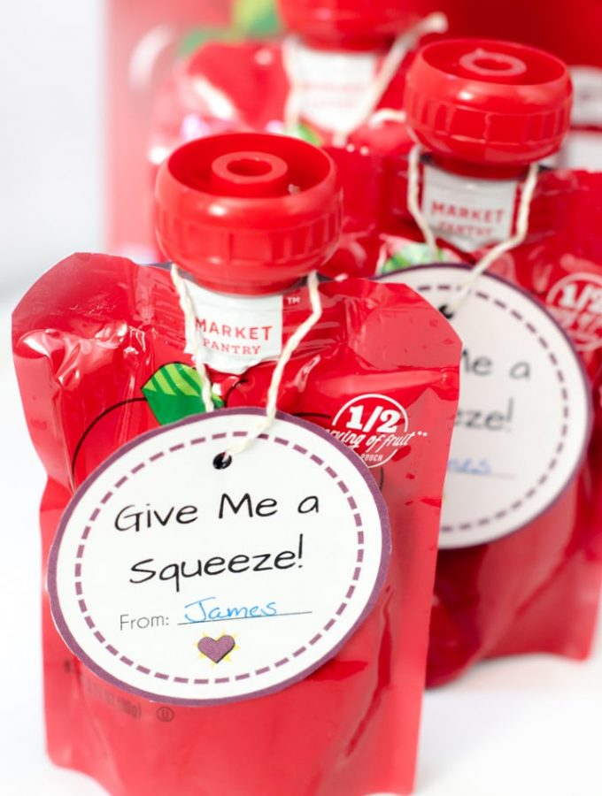 Printable Valentine's Day Cards that are perfect to attach as Squeezable Pouches Valentines. If you are stuck on what to do as a preschool Valentine's Day card idea, here is a free printable idea that is simple.