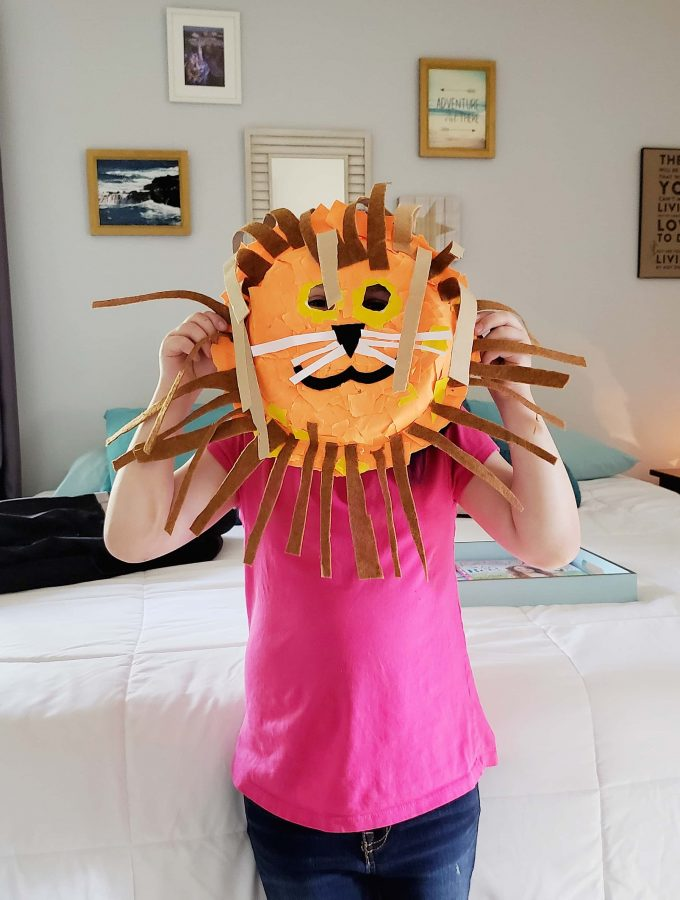 Lion Mask Paper Plate Craft