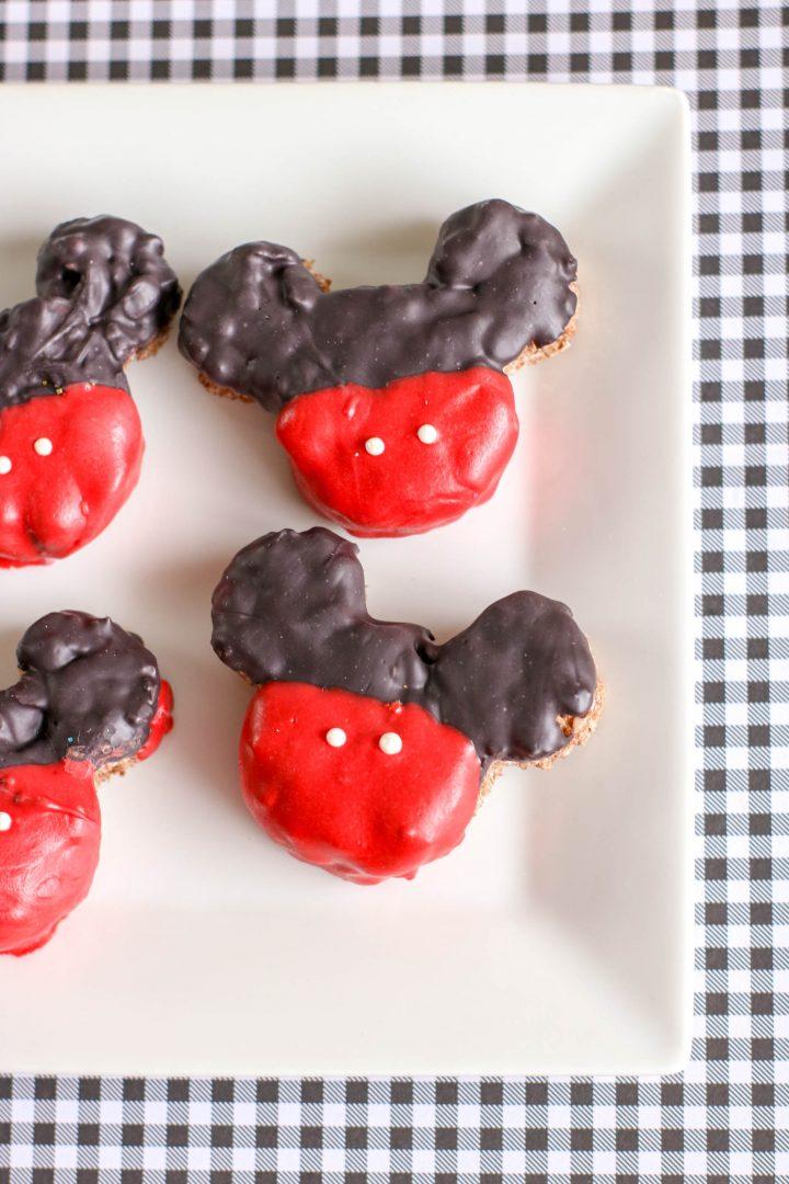 DIY Mickey Mouse Krispie Treats
