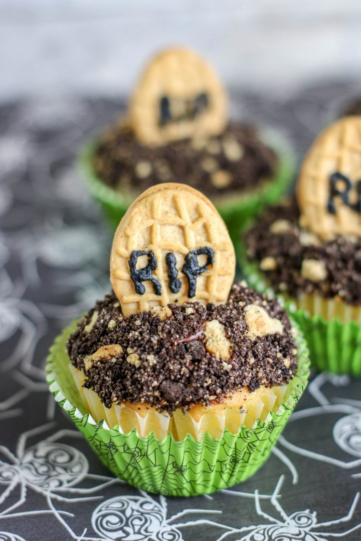 peanut butter cookies used as tombstones in cupcakes