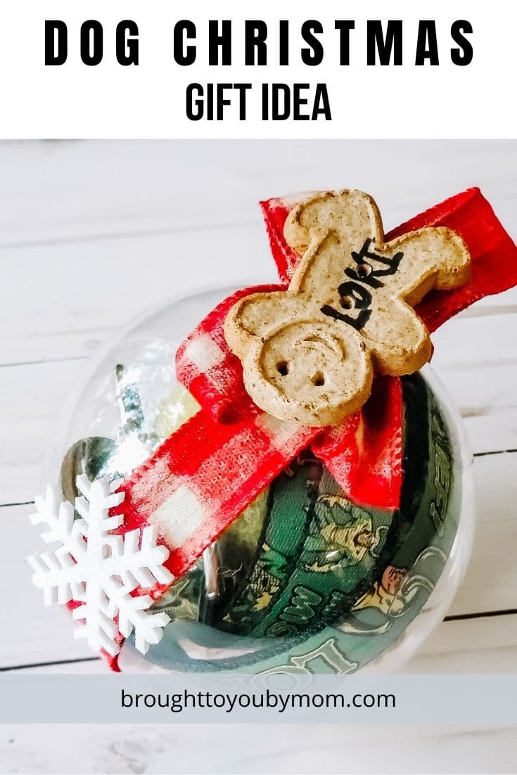 This Christmas Gift Idea for Dogs will be a great gift for four-legged family members. Make a DIY Dog Ornament for a dog lovers gift. #dogornament #doggift