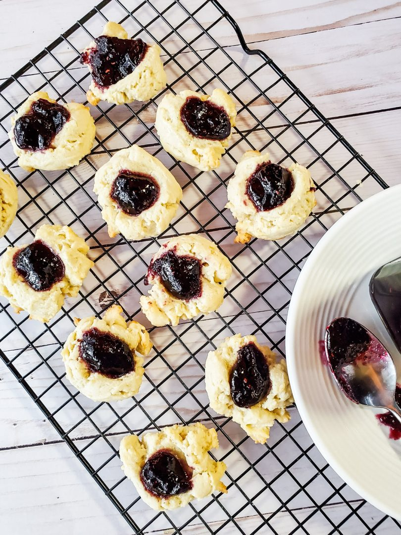 marionberry cookies with jam