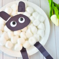 paper plate sheep craft with tulips